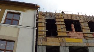 VIDEÓ - Építkeznek az Apáczai Líceumnál