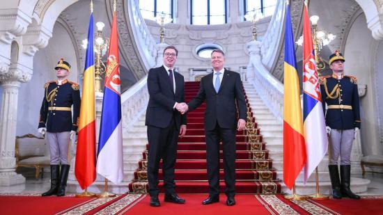Kompromisszumot óhajt Koszovó ügyében Johannis és Vucic