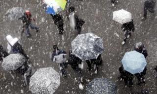 Sárga viharjelzés - hófúvás, szél és hideg a fővárosban valamint 32 megyében