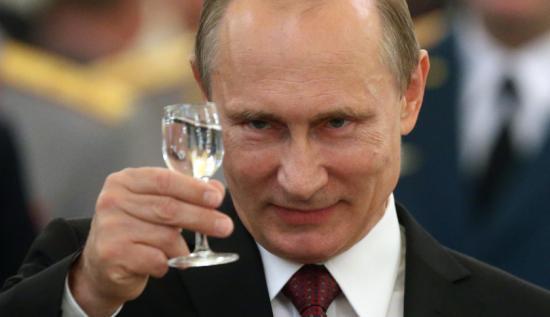 Putyin 71,97 százalékot kapott az első adatok alapján