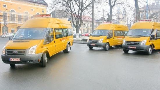 Külön buszok szállítanák iskolába a kolozsvári nebulókat