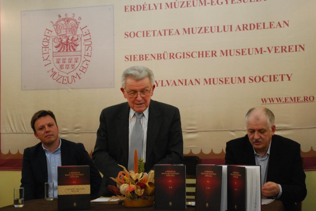 Bemutatták A moldvai magyar tájnyelv szótára című kiadványt