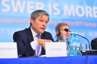 Dacian Cioloş pártot alapít – a Románia 100 platform civil mozgalom marad