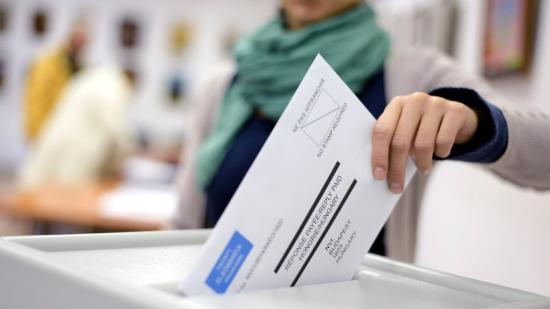 Ügyfélszolgálatot működtetnek a levélben szavazók számára