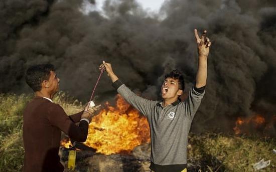 Újabb összecsapások a Gázai övezetnél, többen megsérültek
