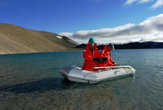 Drámaian megváltoztatta a legnagyobb északi-sarkvidéki tavat a klímaváltozás