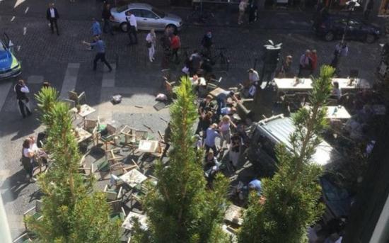 Münsteri gázolás - Sajtóértesülés szerint német a münsteri gázoló, nincs terrorizmusra utaló jel