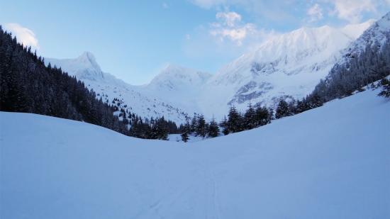 Fogarasi-havasok: hat napja eltűnt turistákat keresnek a hegyimentők