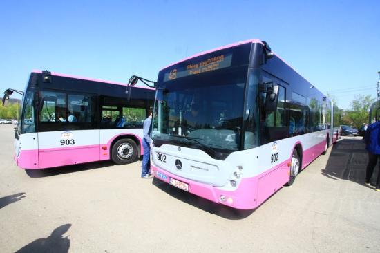 Új Mercedes típusú autóbuszok Kolozsváron