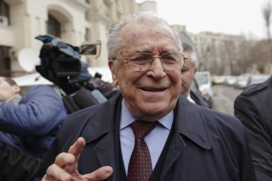 Kétes intézkedésekhez járult hozzá Iliescu '89-ben