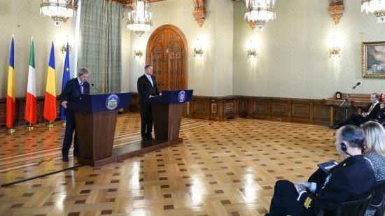 Johannis gratulált Gentiloninak, hogy kormánya jelentősen csökkentette a migrációs nyomást