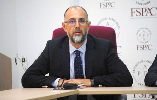 MOGYE – Kelemen Hunor: egyelőre elhalasztották a szerződés aláírását