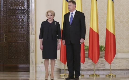 Nem mond le Viorica Dăncilă miniszterelnök