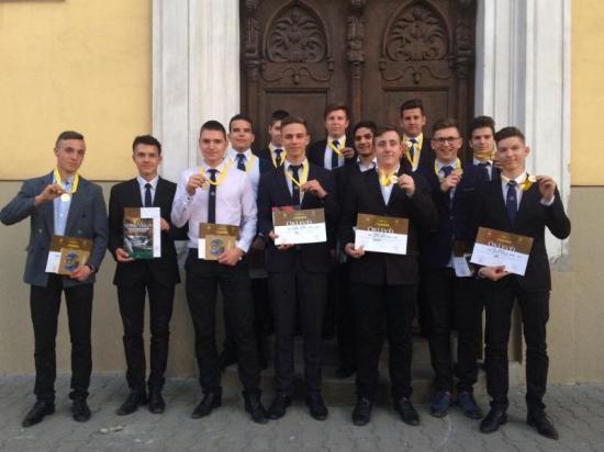 Kiválóan szerepeltek a Fehér megyei diákok az országos vetélkedőkön