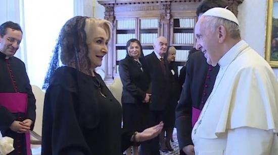 Dăncilă szerint a pápa jövőre Romániába látogat - az egyház helyesbített