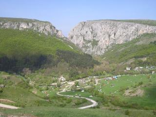 Felújítják a Tordai-hasadékhoz vezető megyei utat
