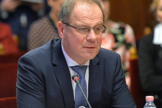 Oktatási kérdésekről tájékoztatta Navracsics Tibort az RMDSZ elnöke