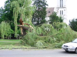 Erdélyben is károkat okozott a vihar