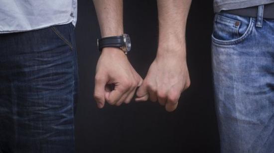 A cseheket megosztja az azonos neműek házasságkötésének lehetősége