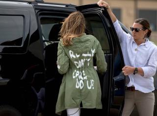 Melania Trump a mexikói határon meglátogatta illegális bevándorlók gyermekeit