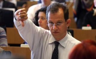 Mégsem pályázza meg Johannis az ET elnöki tisztségét?