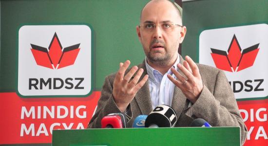 Kelemen Hunor: nem az RMDSZ-en múlik az ellenzéki bizalmatlansági indítvány sorsa
