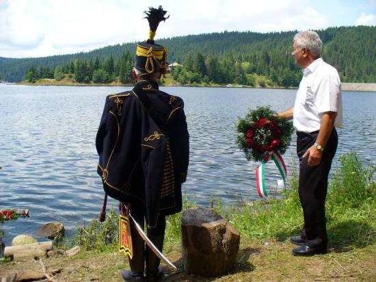 Vasvári Pál Emléknap – Megzavarták a koszorúzási ünnepséget