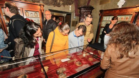 Nőtt a múzeumok, csökkent a könyvtárak látogatottsága