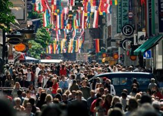 Eurostat: a bevándorlás miatt egymillióval nőtt tavaly az Európai Unió lakossága