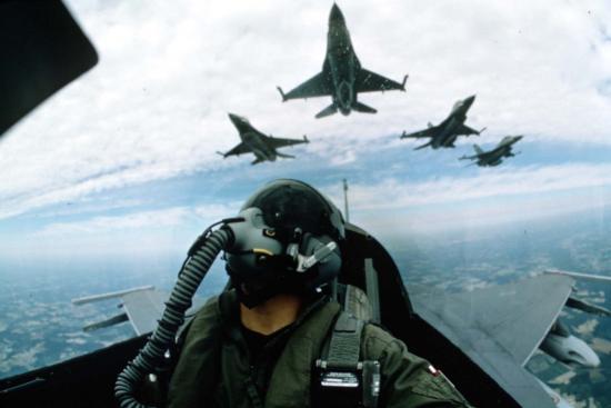 Újabb öt F-16-ost vásárol Portugáliából a védelmi minisztérium