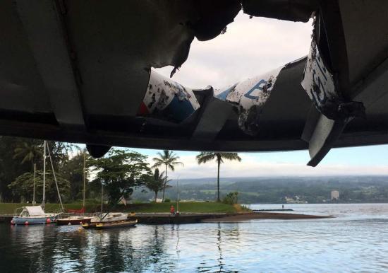 Hawaii: a vulkán lávakitörése egy turistahajóra zuhant, legalább 13 a sebesültek száma