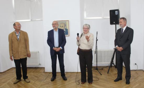 Zene és festészet szimbiózisa Zoltán Katy kiállításán