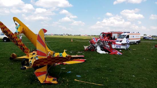Összeütközött a levegőben két sportrepülőgép - egyik pilóta meghalt, a másik kómában van
