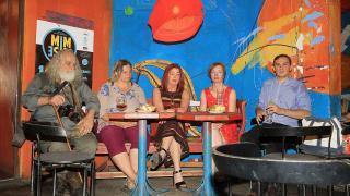 MIMESIS: az utóbbi 100 év pár(huzamos)beszéde köré épül