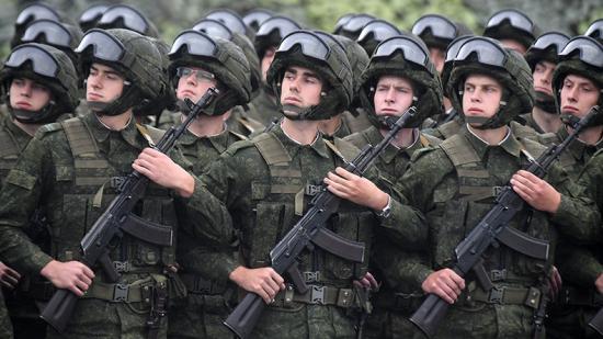 Minden eddiginél nagyobb hadgyakorlatára készül az orosz hadsereg