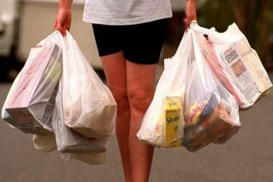 Nem használhatnak vékony műanyag zacskót Brüsszel üzletei szombattól