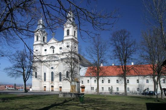 Az alkotmánymódosítás megszavazására buzdítanak a katolikus püspökök
