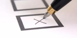 """""""Igen"""" szavazatra buzdít az EMNP"""