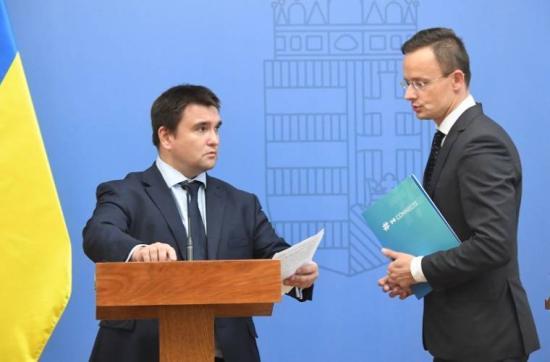 Eldurvuló magyar-ukrán diplomáciai botrány