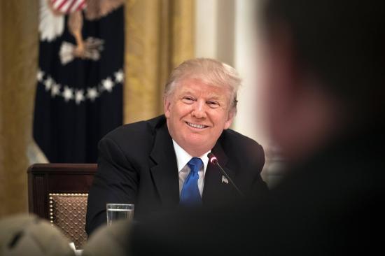 Aktát vezetett Donald Trumpról az egykori csehszlovák állambiztonsági hivatal