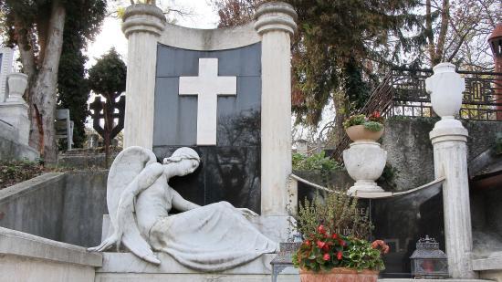 Ma Mindenszentek főünnepe, holnap Halottak napja