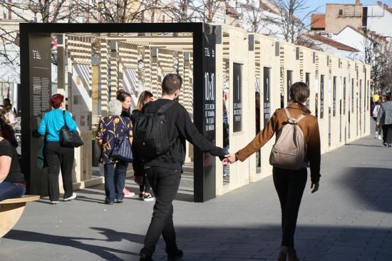 Történelmi sétára hív a Deák Ferenc utcai kiállítás