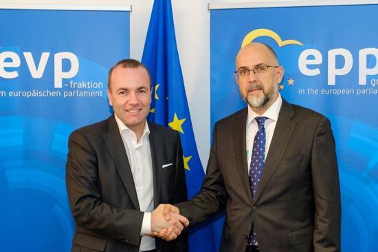 Manfred Webert választották az EPP csúcsjelöltjévé
