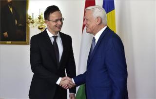 Szijjártó: Érdekünk a jó magyar-román kapcsolat