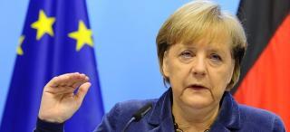 Merkel: el kell gondolkodni egy ...