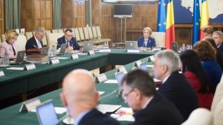 Magyar pedagógus-továbbképző központ létrehozásáról döntött a kormány