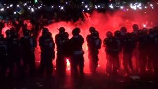 Börtönbüntetésre ítéltek több rendbontót, akik erőszakosan léptek fel a tavalyi kormányellenes tüntetésen