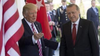 Trump és Erdogan: nem szabad eltussolni a meggyilkolt szaúdi újságíró ügyét