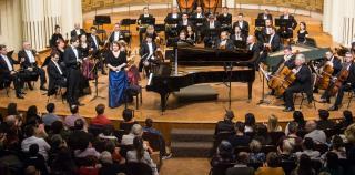 Szerencsés találkozás szólista, karmester, és zenekar között