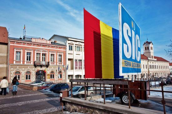 Székelyföldi prefektus: sértés lenne a tisztségviselők távolmaradása